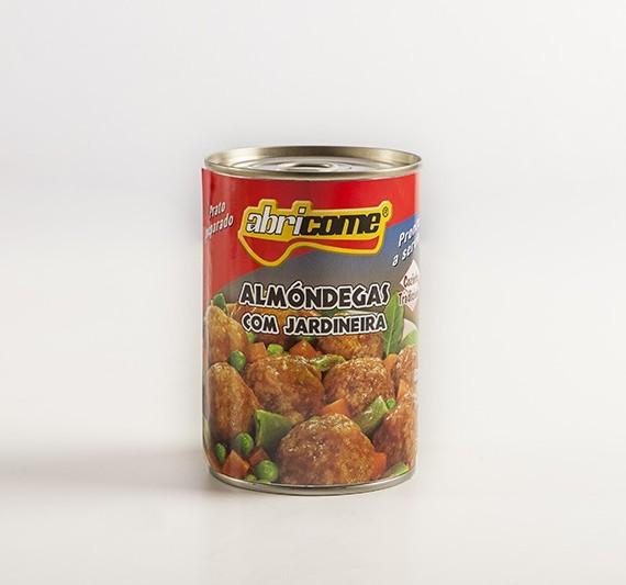 Almondegas-a-la-Jardineira-PORT.-600x533